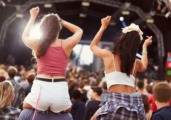 10_musicfestival_shutterstock.jpg