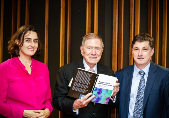 18_book_launch_gabrielle_simm_michael_kirby_andrew_byrnes_photo_by_diane_macdonald.jpg