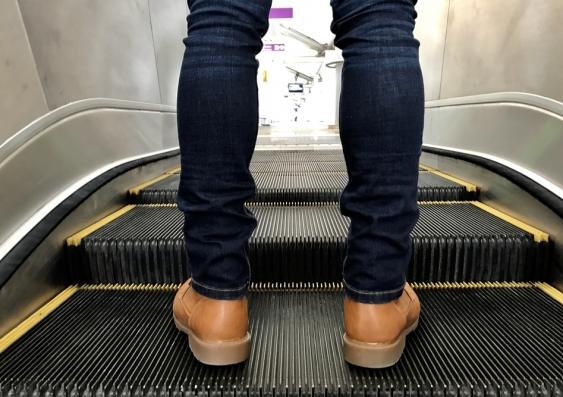 18_escalator.jpg