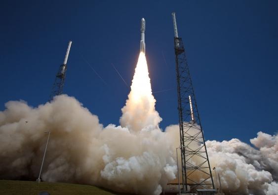 19_nasa-atlas-rocket.jpg
