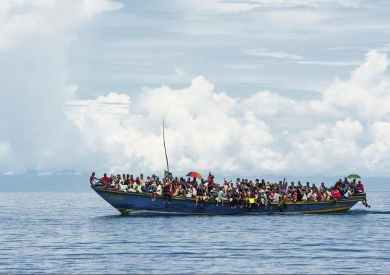 8_refugee_boat.jpg