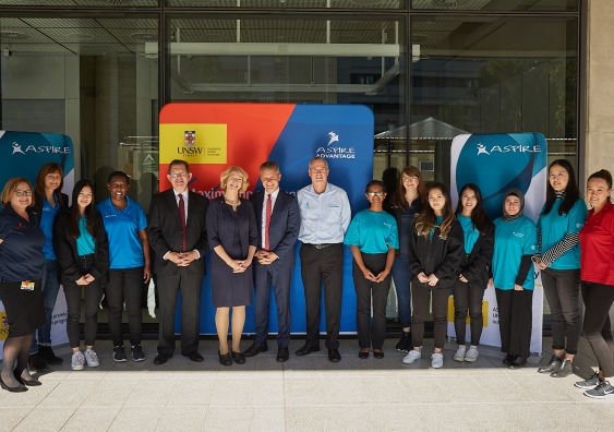 UNSW staff and students with ASPIRE ambassadors and Matt Thistlethwaite, MP for Kingsford Smith