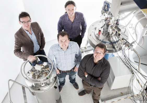 Australian teams set new records for silicon quantum