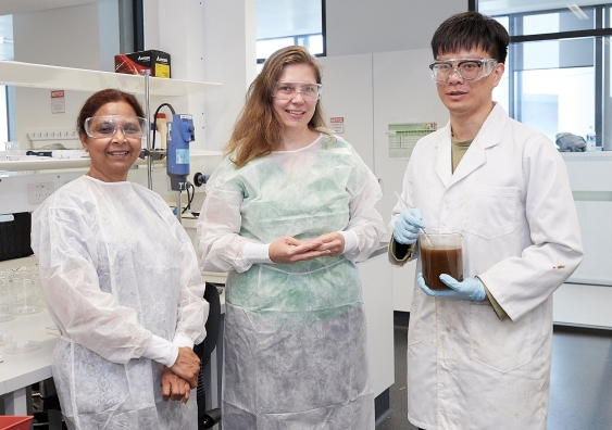 Associate Professor Jayashree Arcot, Professor Martina Stenzel and researcher Kehao Huang