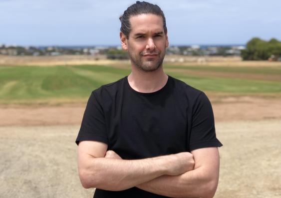 Dr Joshua Zeunert