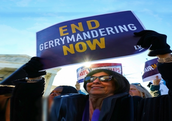 end gerrymandering protester