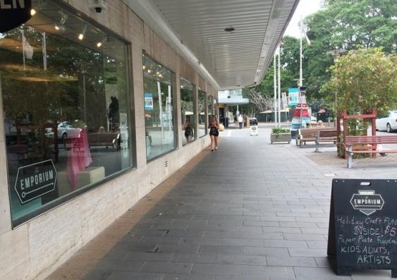 Cafe walkway
