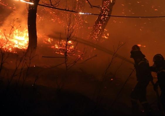 Fire fighters hose fire