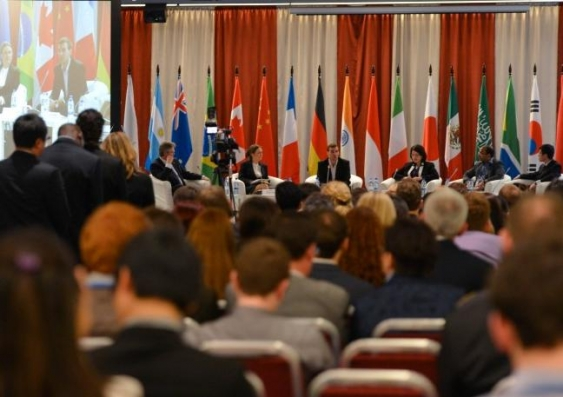 G20 youth forum  2 0