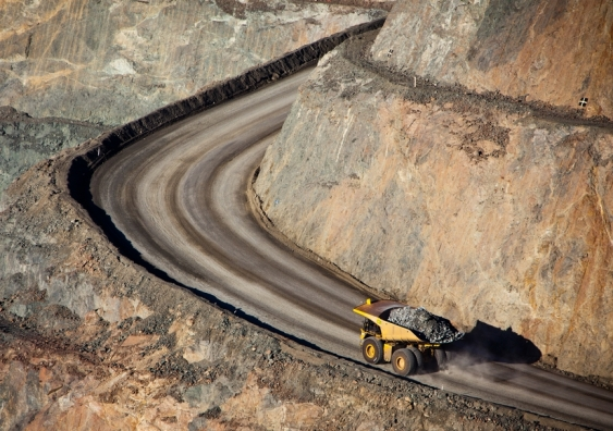gold_mine_in_kalgoorlie_western_australia._large_truck_transports_gold_ore_from_the_super_pit_open_cast_mine.jpg