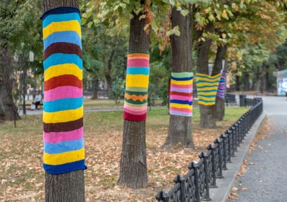 guerilla knitting