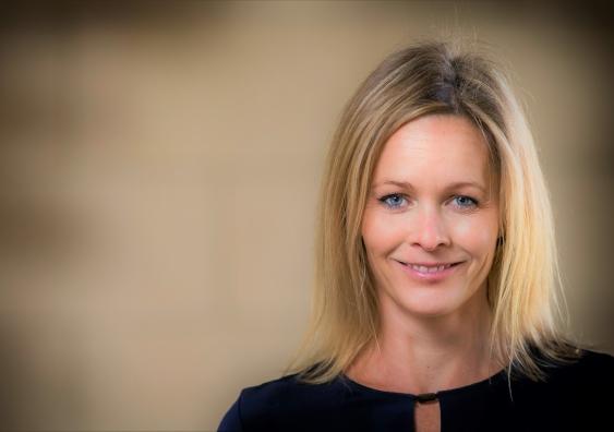 Helga Zoega receives 500k grant