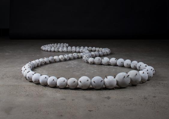 Daijuzu (Large Prayer Beads) (2019), Guy Keulemans & Kyoko Hashimoto. Photo: Romon Yang.