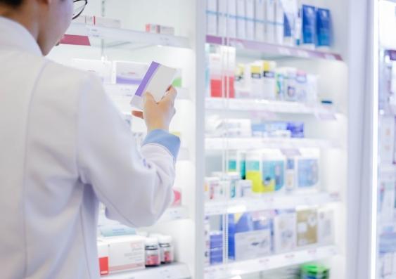 antibiotic dispensing in chemist