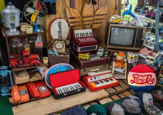 hoarding.jpg
