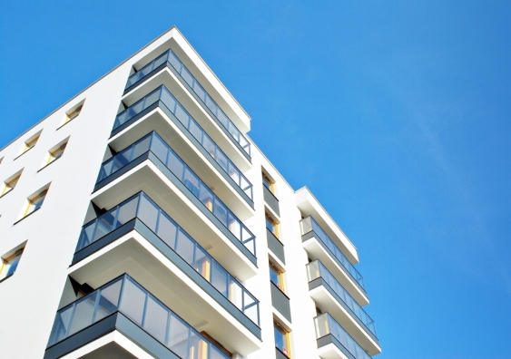 Would you buy a new apartment? Building confidence depends
