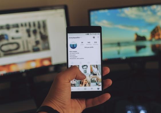 social_media_ownership.jpg