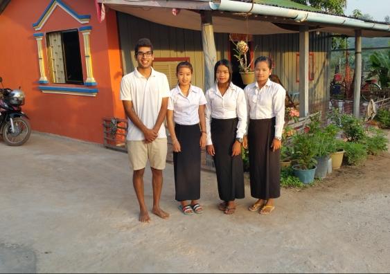 Kim Seang, Dina and Lis