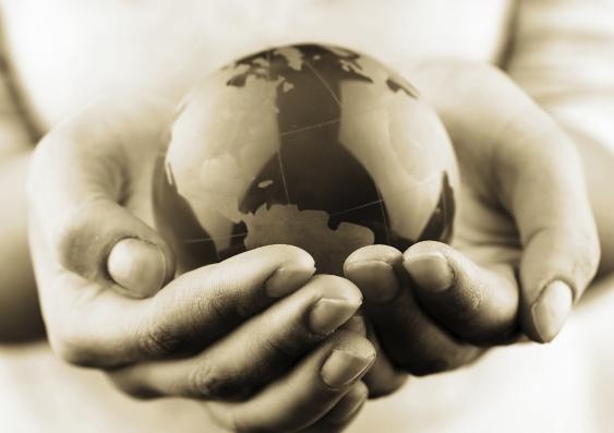 world_in_hands_original_002.jpg