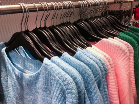 07_clothing_shutterstock.jpg
