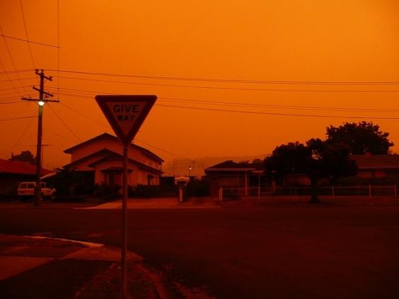 25_black_saturday_bushfires_photo_by_brianna_laugher.jpg