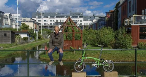 2_tomorrow_doco_copenhagen_bicycle_man.jpg