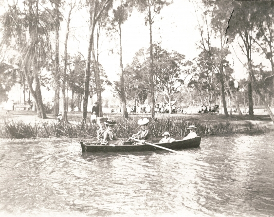 boating_near_hurlstone_park_1890s._campsie_library_canterbury-bankstown_council.jpg