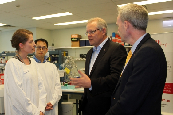dr_daniella_susic_talking_to_scott_morrison_and_david_coleman_002.jpg