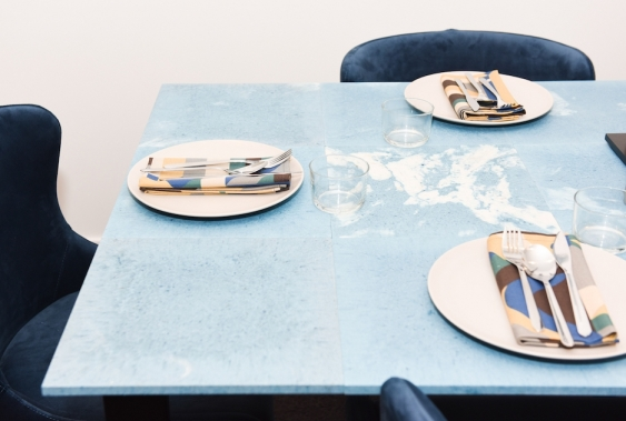 microfactorie_dining_table_made_from_recycled_materials.jpg