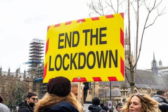 Anti-lockdown protest in London 2020