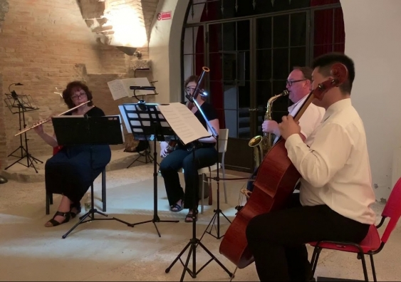 Musicians perform the Joe Wolfe Quartet in Italy