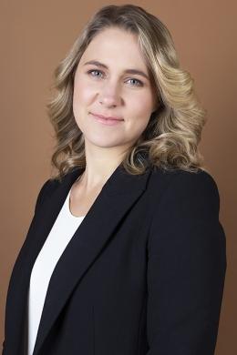 Dr Nikki Bart