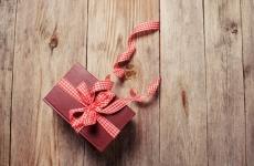 14_christmas_books.jpg