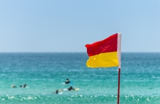 4_life_saving_beach_flag_shutterstock.jpg