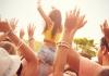 female_concert_goer_shutterstock.jpg