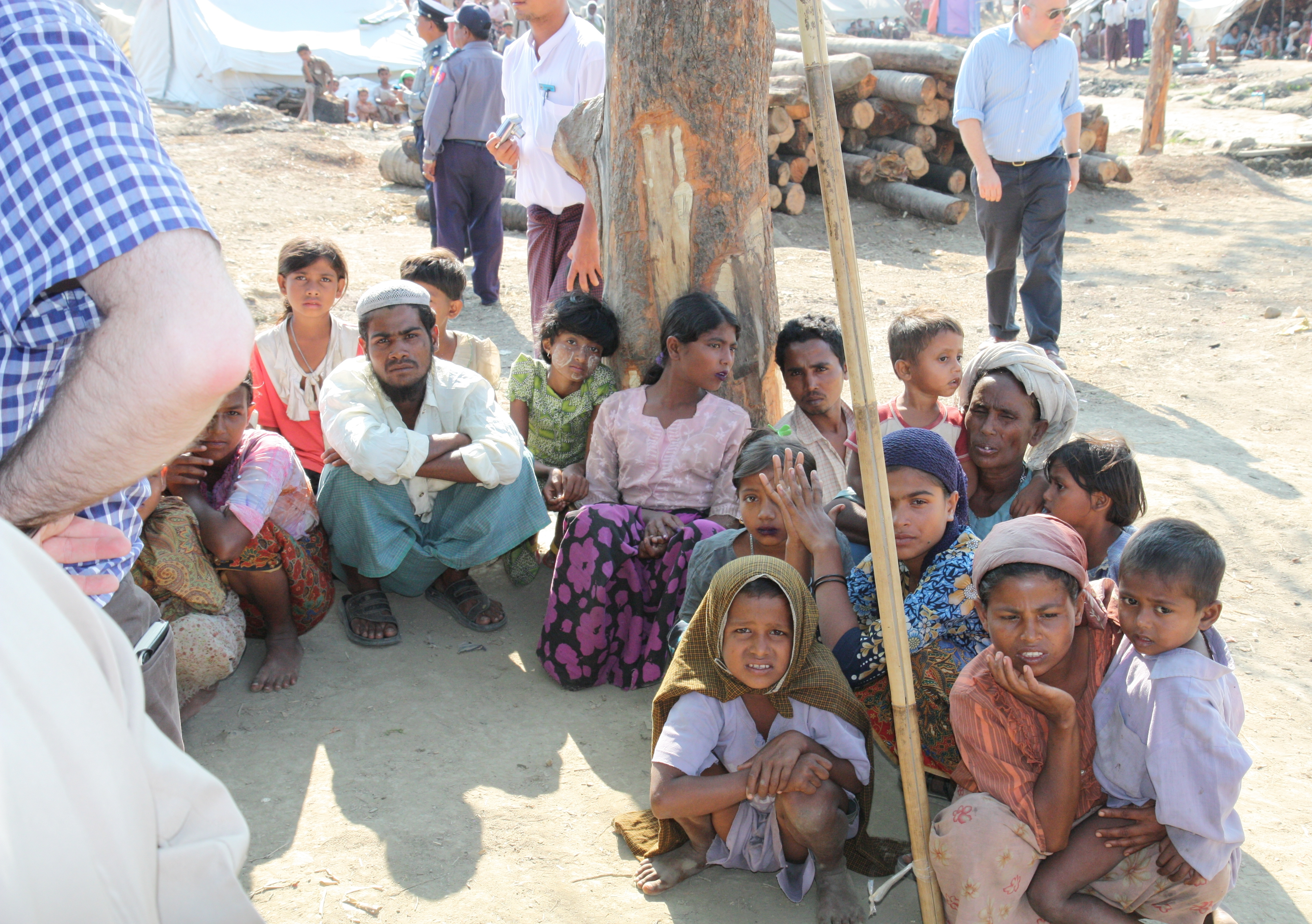 Displaced Rohingya people in Rakhine State by Foreign and Commonwealth Office - Flickr. Licensed under OGL via Commons