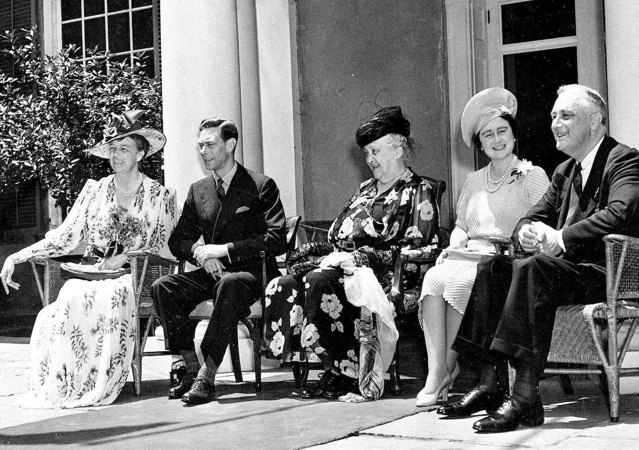 Eleanor Roosevelt (left), with King George VI, Sarah Delano Roosevelt (the president's mother), Queen Elizabeth and Franklin Roosevelt in New York, 1939. Photo: AAP/AP