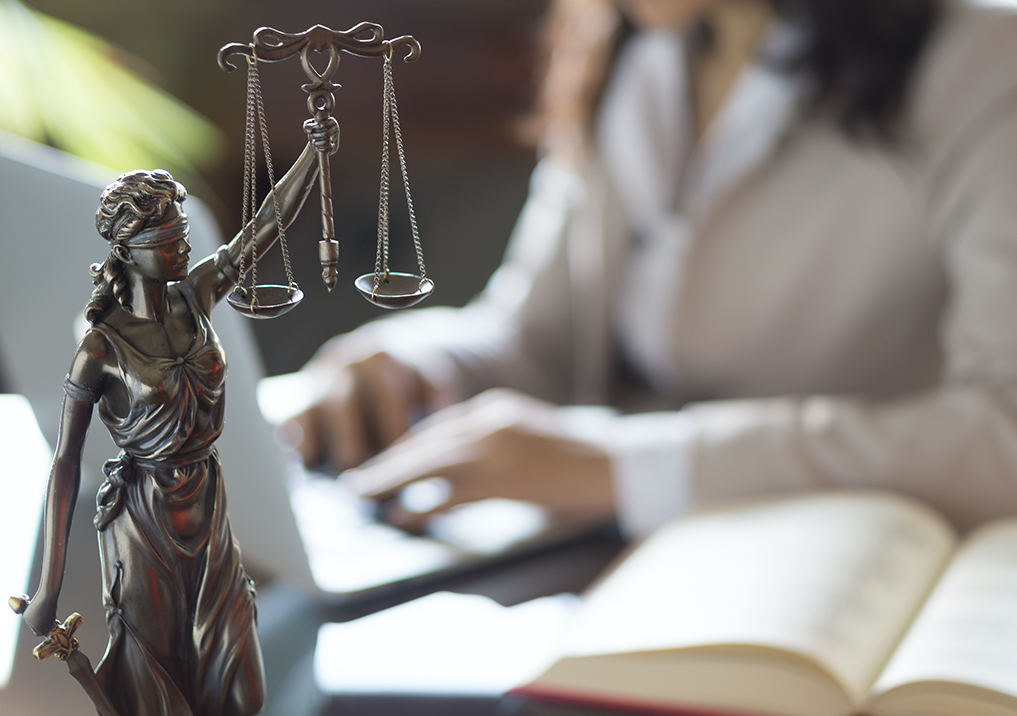 UNSW's Jayne O'Connor says lawyers should not have to warn new colleagues about dangerous men nor should they feel pressured into staying silent if misconduct occurs. Image: Shutterstock